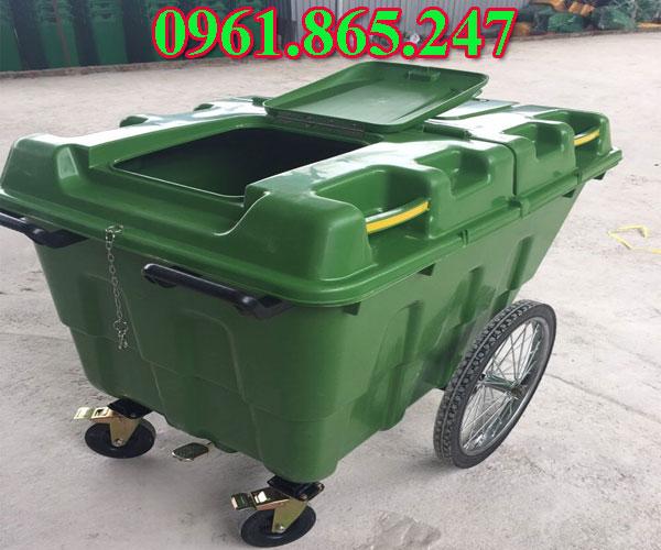 Xe đẩy rác nhựa 400 lít