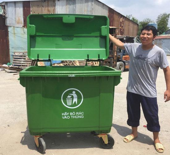 Xe thu gom rác nhựa giá rẻ