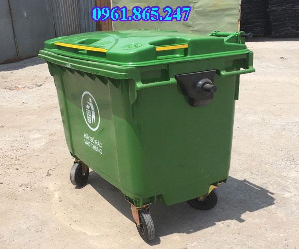 Mua xe thu gom rác nhựa 660l
