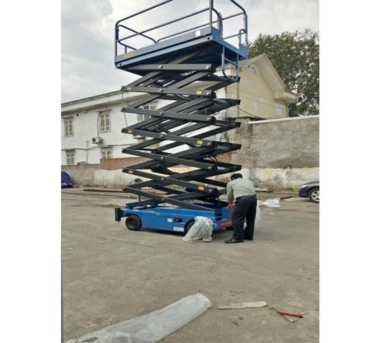 Thang nâng người 300kg nhập khẩu
