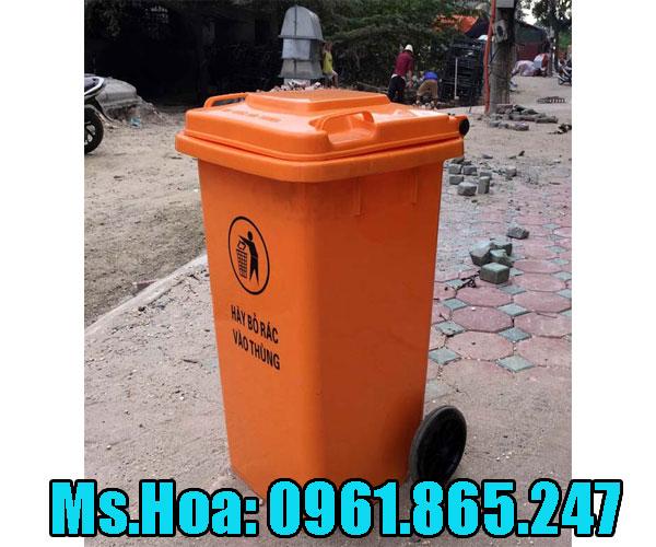 Thùng rác màu cam mua ở đâu
