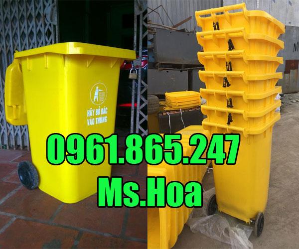 Thùng rác công cộng màu vàng